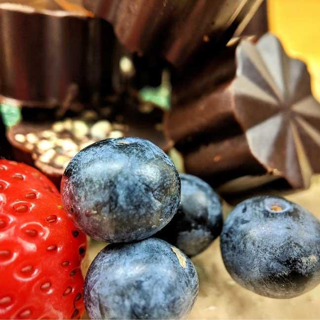 Recept za zdrave praline s rogačem i oljuštenim konopljinim sjemenkama
